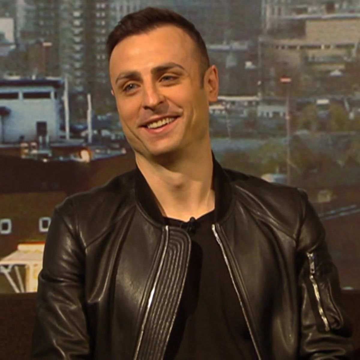 Berbatov names three players that will take over from Messi, Ronaldo